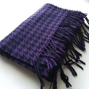 D&Y Softer than Cashmere Purple Houndstooth Scarf